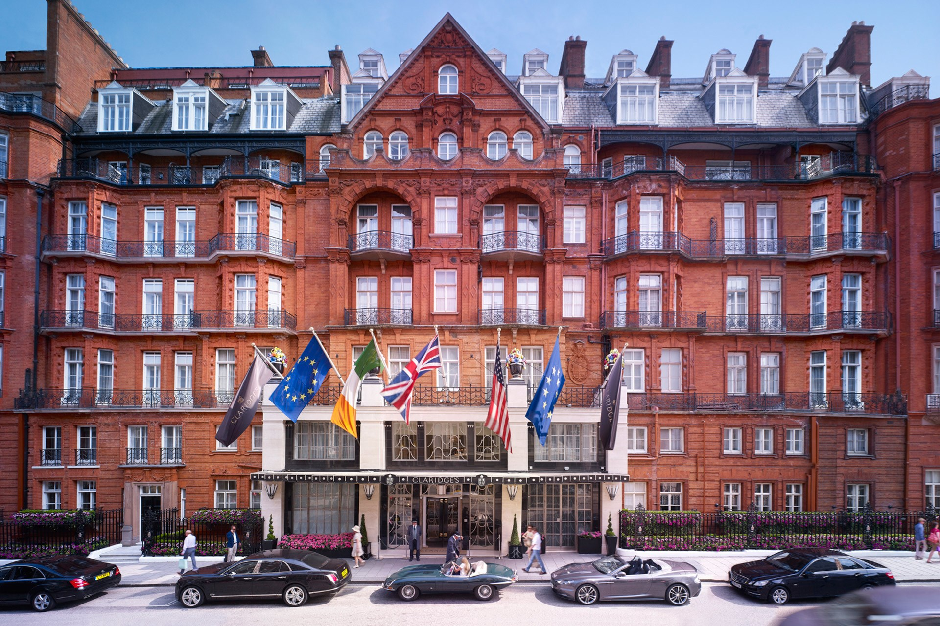 claridges hotel exterior in London