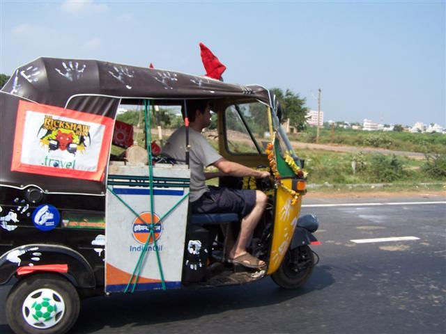 A_contestant_in_the_2006_Rickshaw_Run