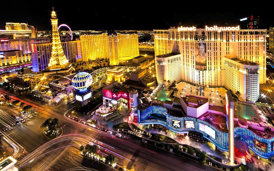 VegasAtNight_1